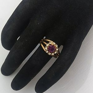 VINTAGE GoldTone Amethyst & White Rhinestone Ring
